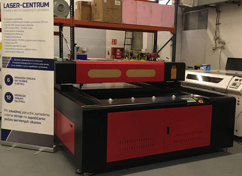 Portálový stroj na rezanie a gravírovanie CO2 laserom 130180