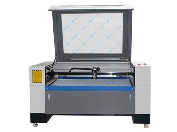 Stroj na rezanie a gravírovanie CO2 laserom LCL-13090-CCD